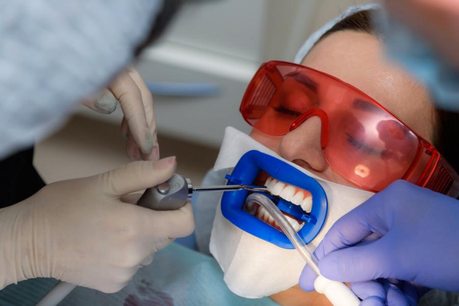 sefaköy_implant_islemi, küçükçekmece implant, küçükçekmece diş beyazlatma, küçükçekmece şeffaf plak, küçükçekmece ortodonti, küçükçekmece diş hekimi, küçükçekmece diş kliniği, sefaköy diş hekimi, sefaköy diş kliniği, küçükçekmece ortodonti doktoru, sefaköy ortodonti doktoru